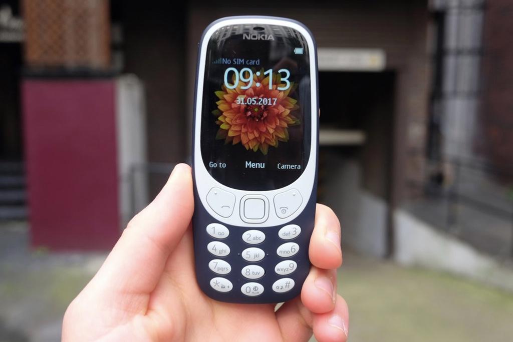老外高楼测试2017新版 Nokia 3310 :耐用度不错-烽巢网