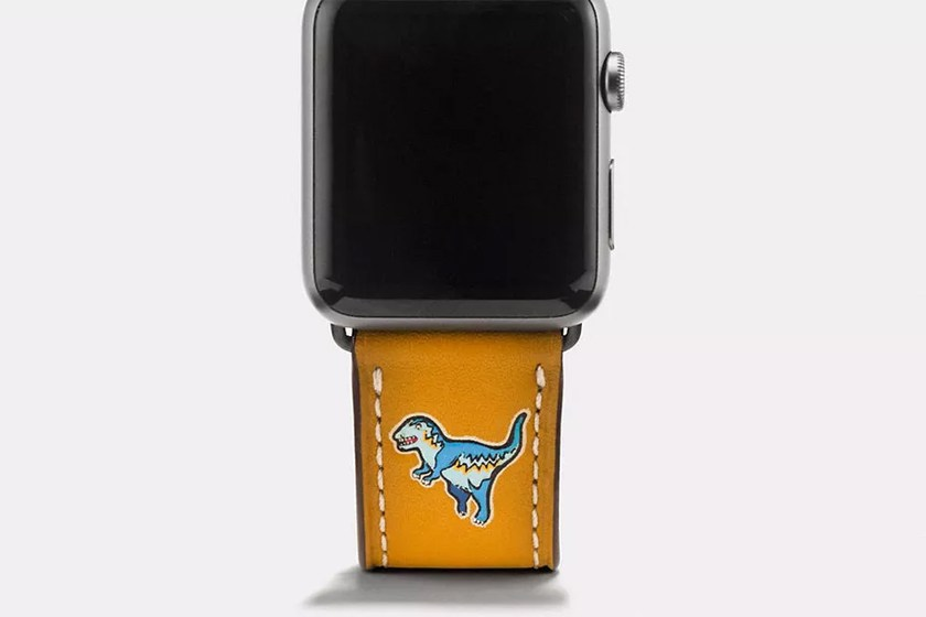 coach-dinosaur-apple-watch-strap-01