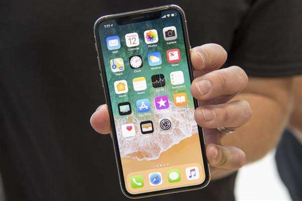 iPhone 8后再无小屏机? 苹果明年或将取消5.28英寸OLED iPhone-烽巢网