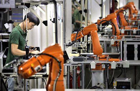 传统制造业实现AI落地困难重重,中小企业更是难上加难!
