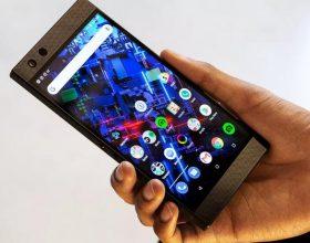 雷蛇手机2评论:它发光,但不发光
