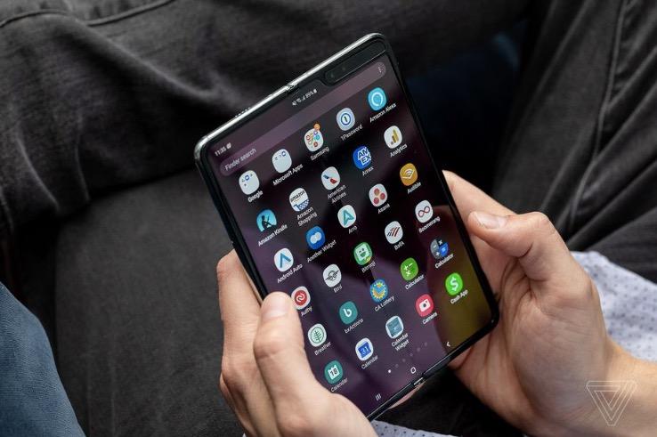 """三星无限期推迟Galaxy Fold:""""我们将采取措施加强显示屏"""""""