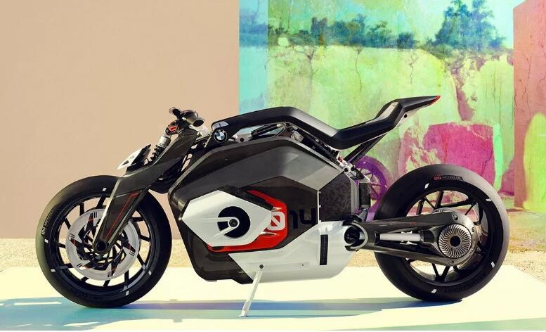 BMW 推出全新电单车 Motorrad Vision DC Roadster
